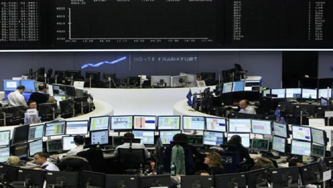 الأسهم الأوروبية تفتح منخفضة مع تحول البنوك للحذر
