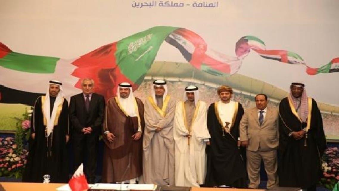 رؤساء الاتحادات الخليجية في لقطة جماعية بعد نهاية الاجتماع