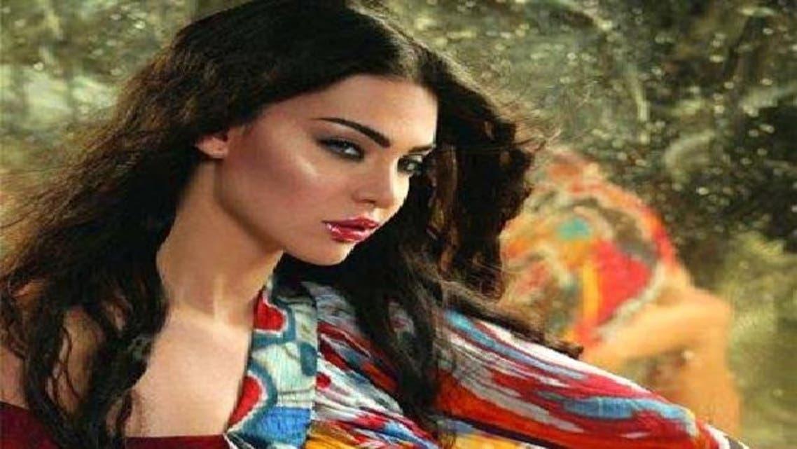 الفنانة اللبنانية قمر