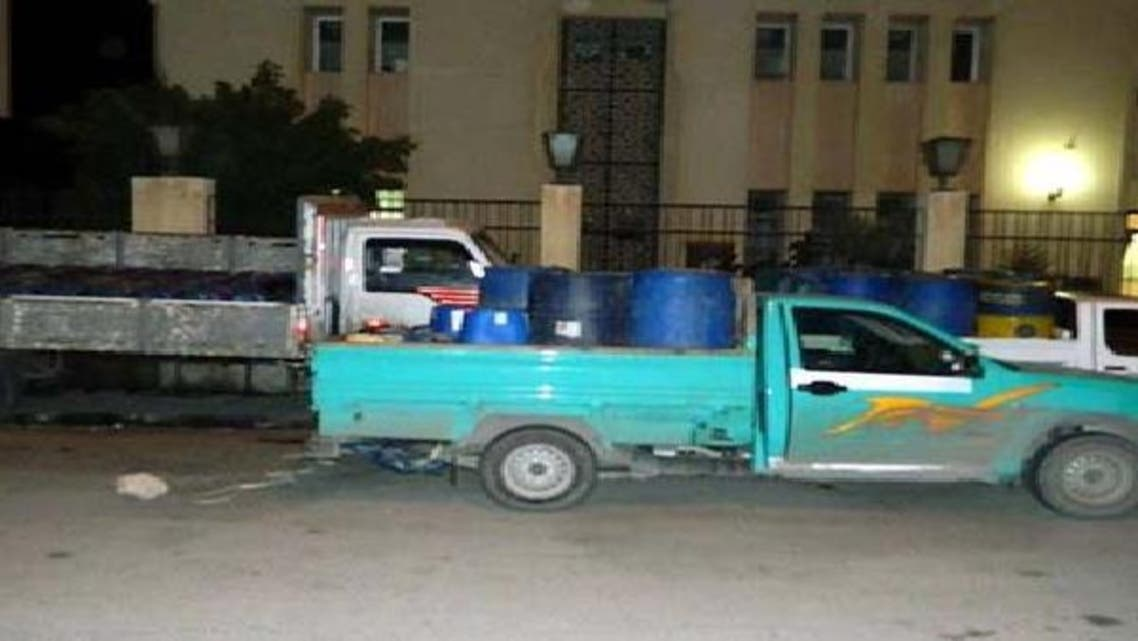 سيارات محملة بالوقود لتهريبها إلى قطاع غزة
