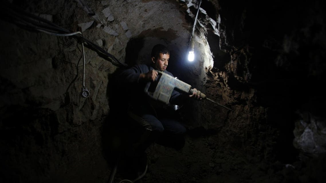 Egyptian forces have flooded smuggling tunnels under the border with the Palestinian-ruled Gaza Strip in a campaign to shut them down, Egyptian and Palestinian officials said. (Reuters)