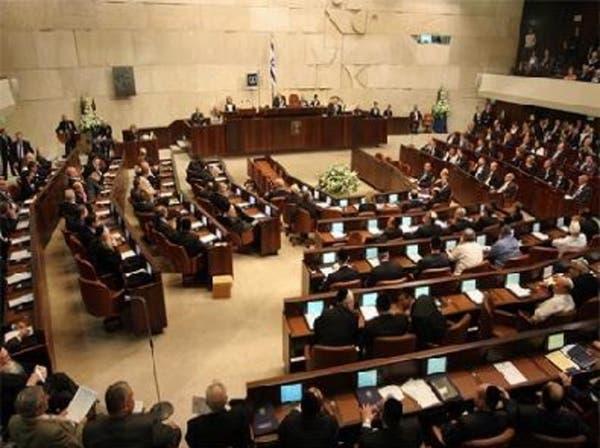 إسرائيل: لبيد يعلن اقتراب فوز حزبه بالانتخابات