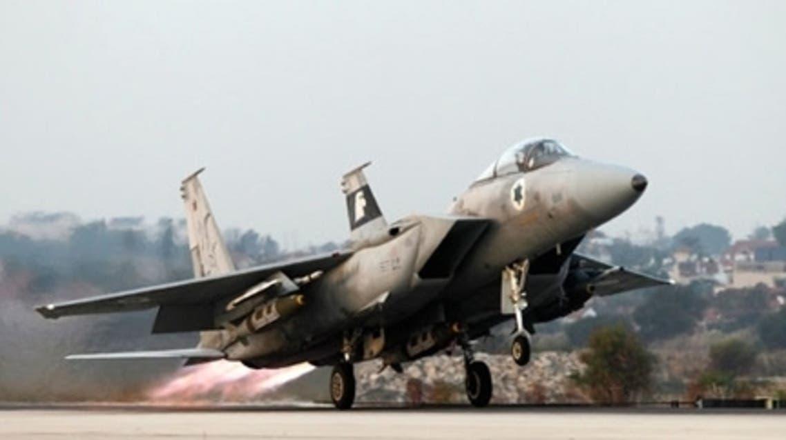 طائرة حربية إسرائيلية تقل 4 مسؤولين تصل مطار القاهرة