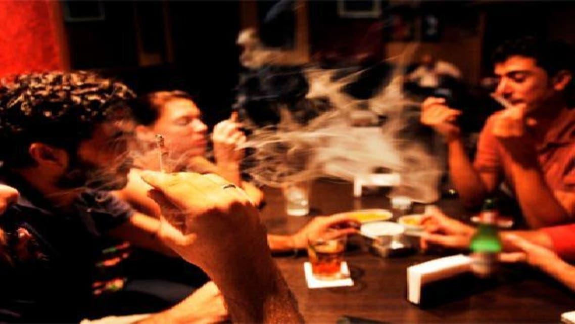 التدخين السلبي يزيد مخاطر الإصابة بالعته
