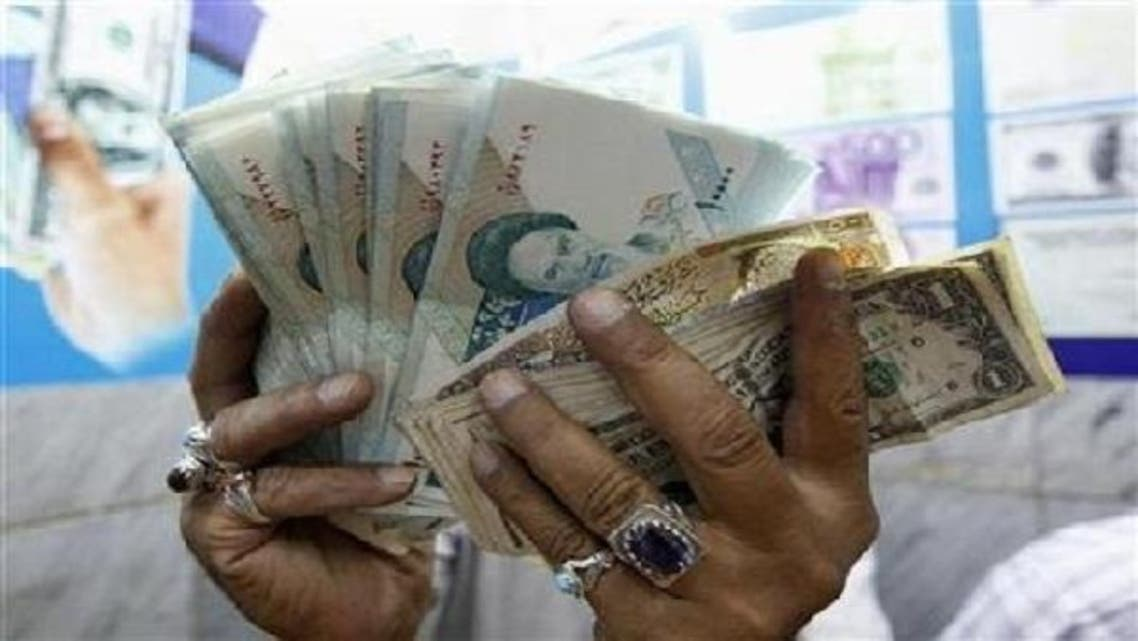 Dubai\'s currency dealers are keeping their trading ties with Iran alive, providing an important conduit for Iranians to do business with the rest of the world. (Reuters)