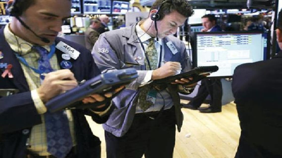 الهاوية المالية الأمريكية تغذي موجة التخلص من الأسهم