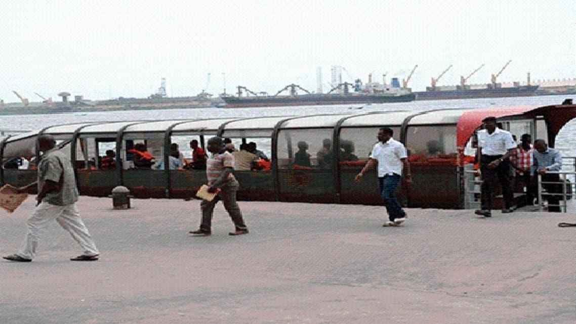 الزوارق البحرية تحل مشكلة الازدحام في لاغوس