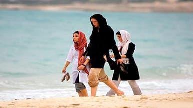 احتجاج على دفع بدل حجاب لروسيات يعملن بمفاعل بوشهر