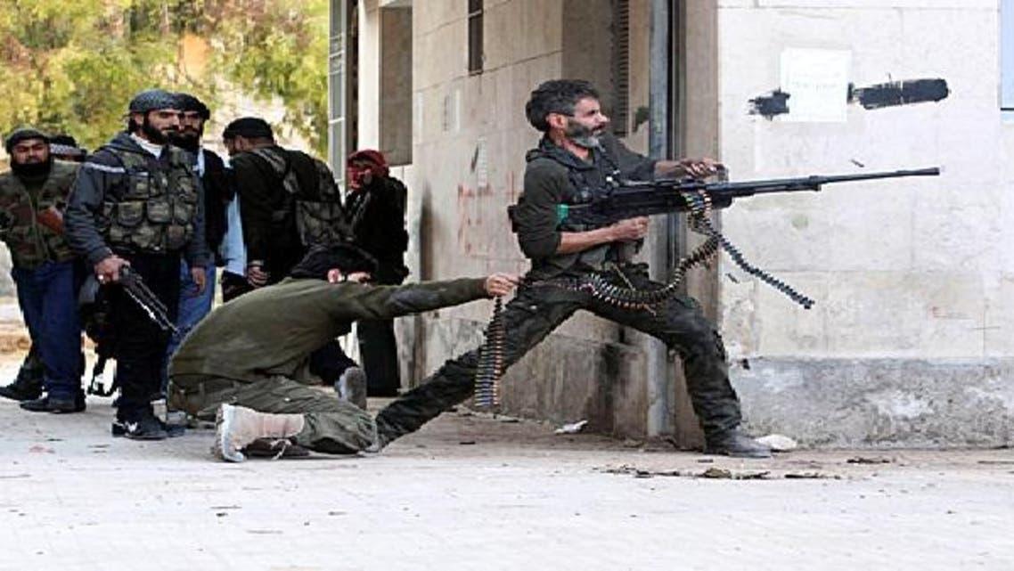 مقاتلو المعارضة يحرزون تقدماً على الأرض بمعرة النعمان