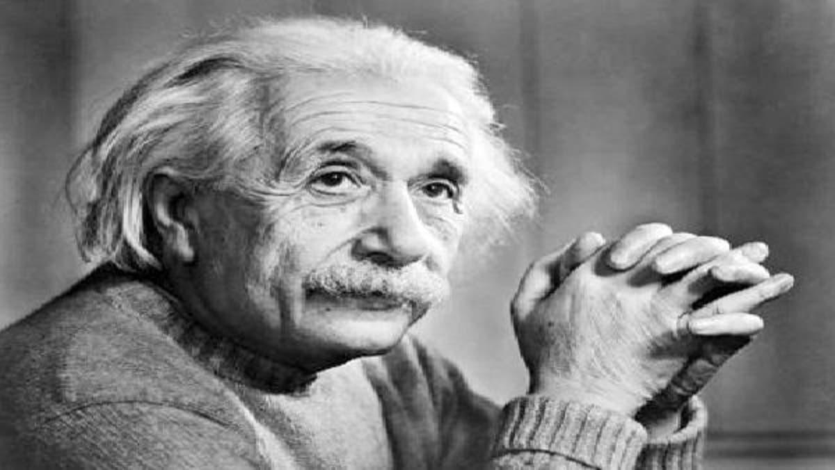 نتيجة بحث الصور عن ألبرت أينشتاين