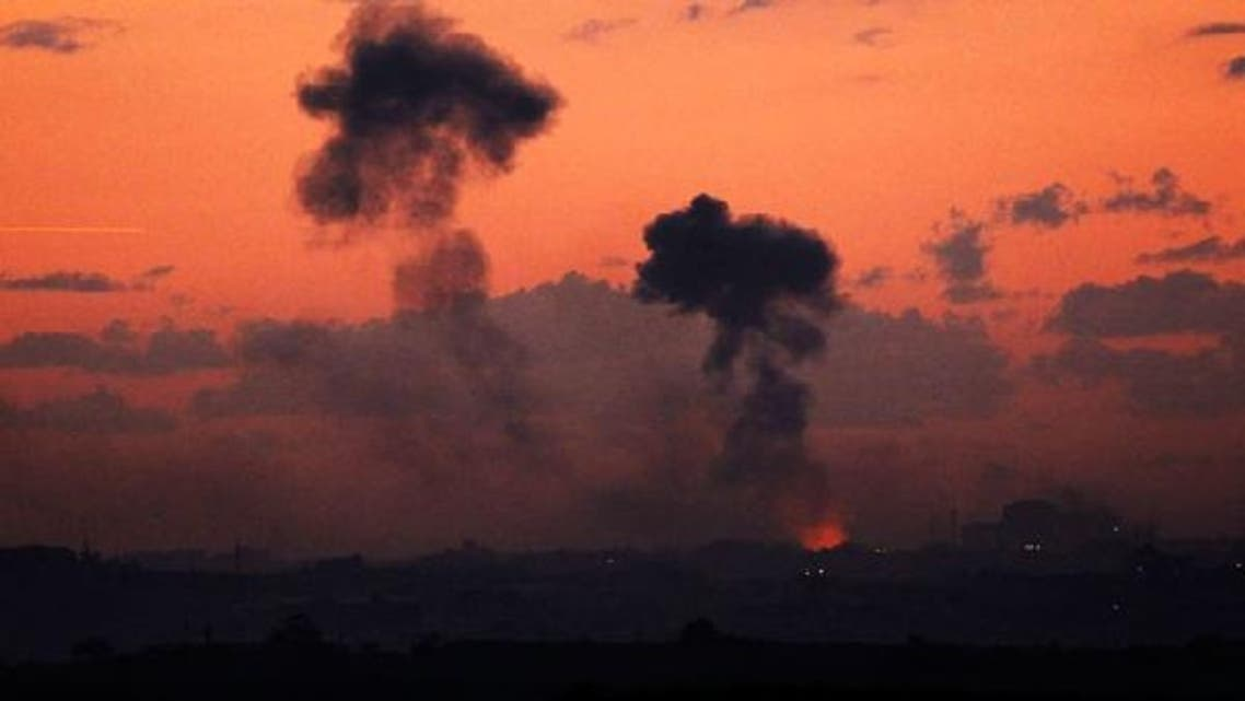 Smoke rises after an Israeli air strike in the northern Gaza Strip November 14, 2012. (Reuters)