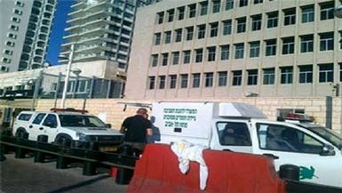 مسلح يطعن حارساً بالسفارة الأمريكية في تل أبيب