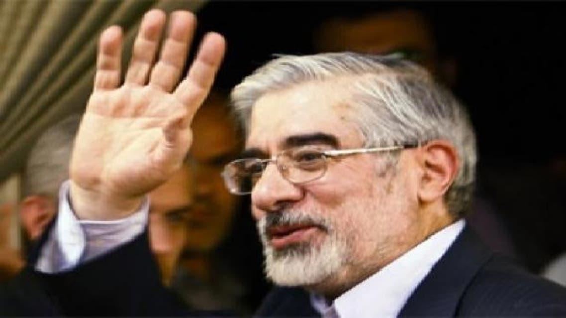 انتقال میرحسین موسوی به بیمارستان برای معاینه