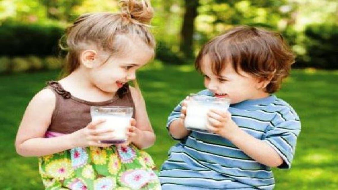 تناول الحليب منذ الصغر يحسن من القدرات الحركية