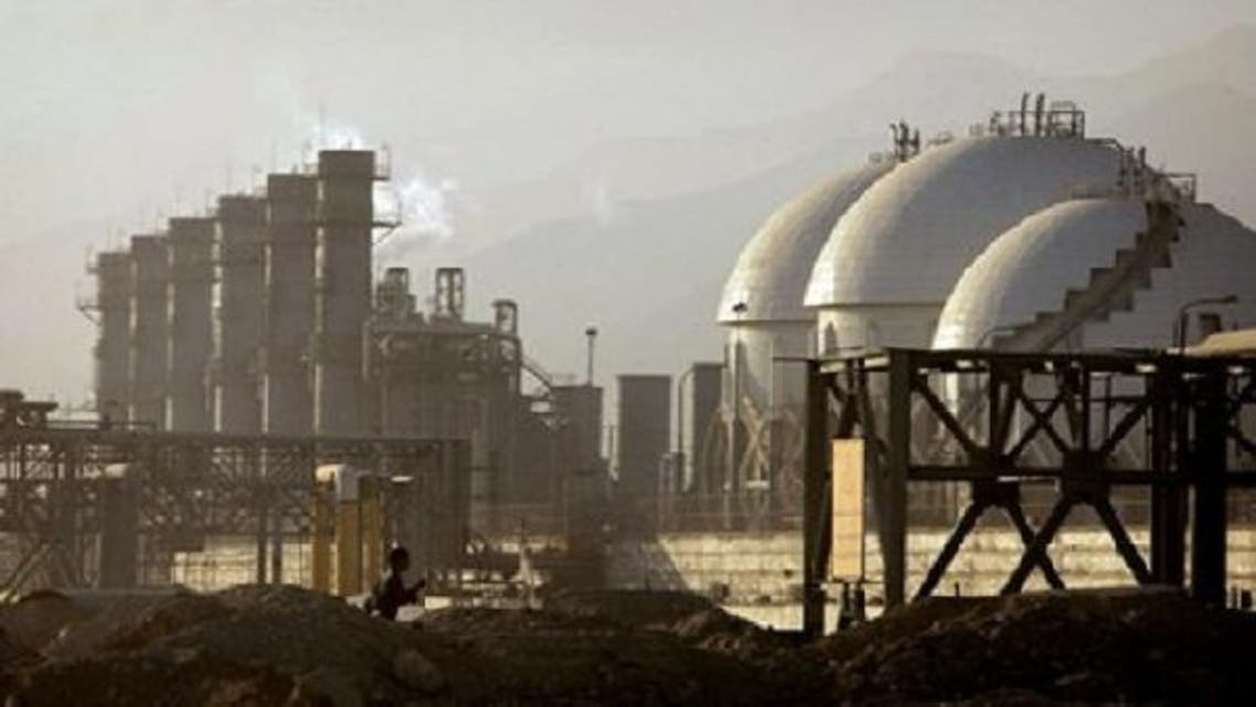 Japan, the world's third-biggest oil consumer, cuts imports from Iran.(Reuters)