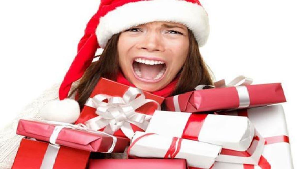 """تكاليف هدايا \\""""عيد الميلاد\\"""" تزيد من التعاسة"""