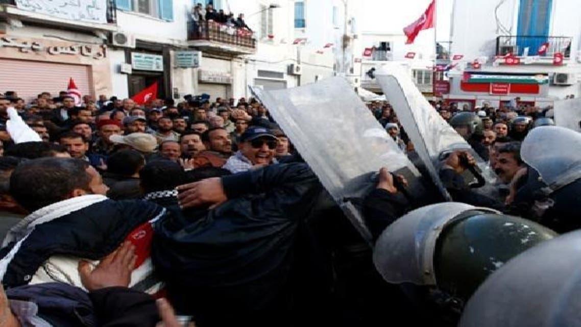 تیونس: ورکر یونین سیکریٹریٹ پر حملہ، 10 افراد زخمی