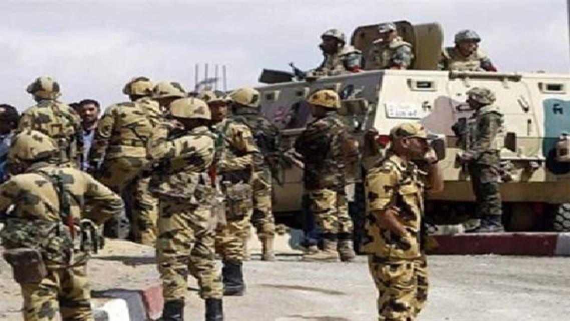 سینا کے علاقے میں تعینات مصری فوج: فائل فوٹو