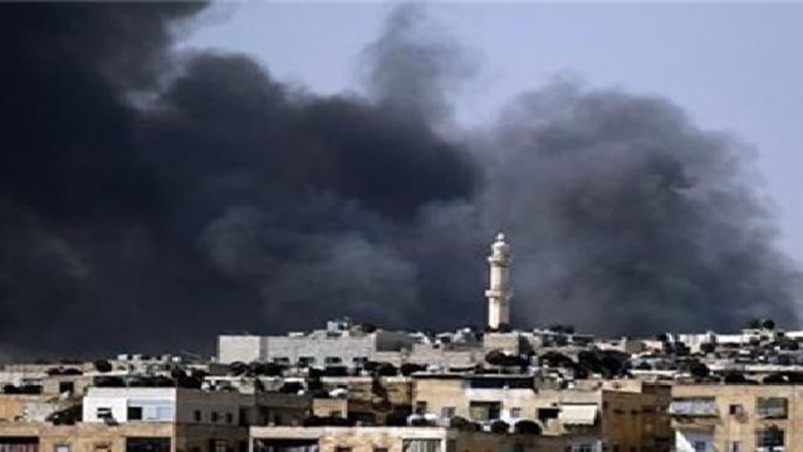 الدخان المتصاعد من قصف مخيم اليرموك