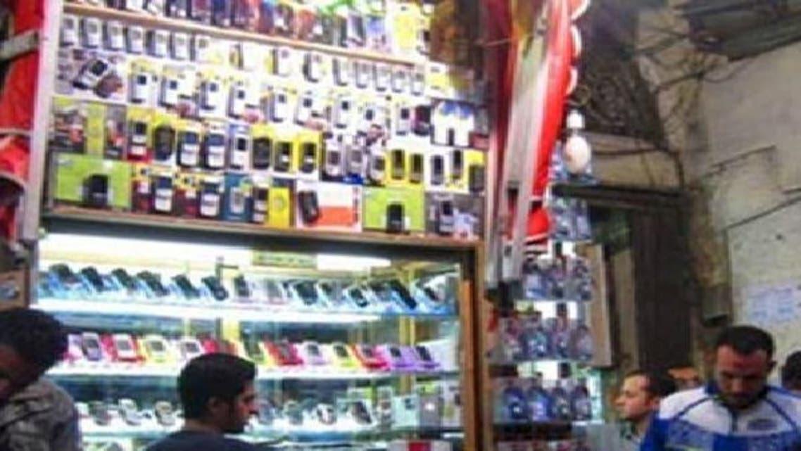 خطوط بدون بيانات وأخرى بأسماء وهمية تنتشر في السوق المصري