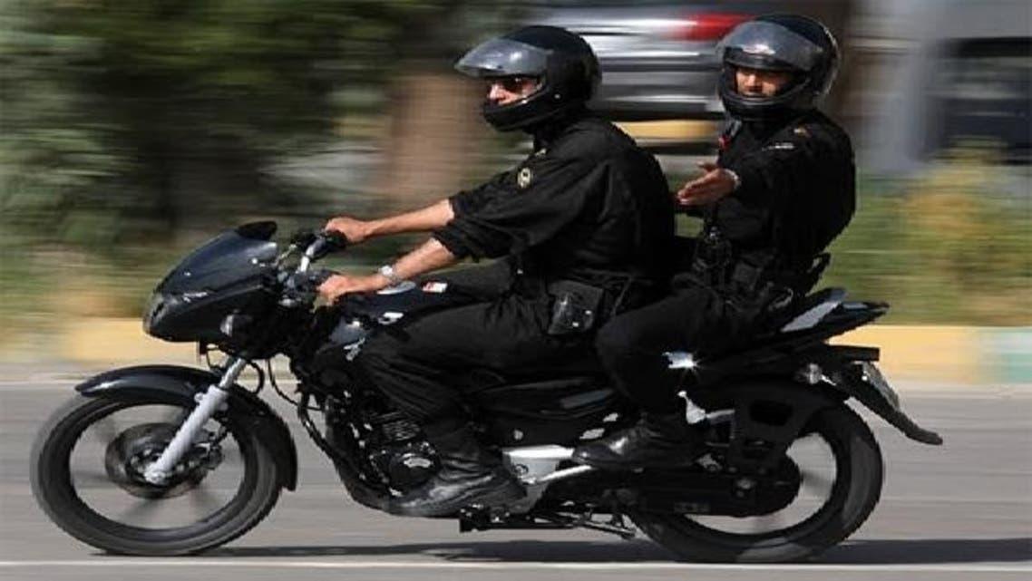 ایرانی پولیس کے اہلکار: فائل فوٹو