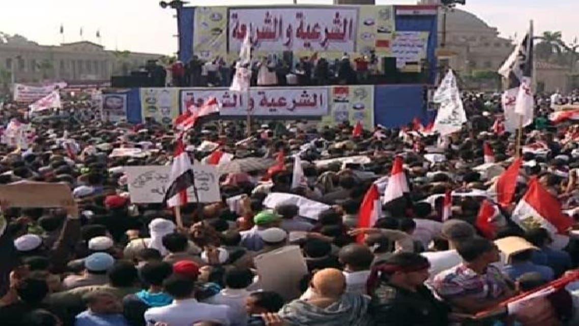 قاہرہ یونیورسٹی میں صدر مرسی کے حامیوں کے مظاہرے کا ایک منظر
