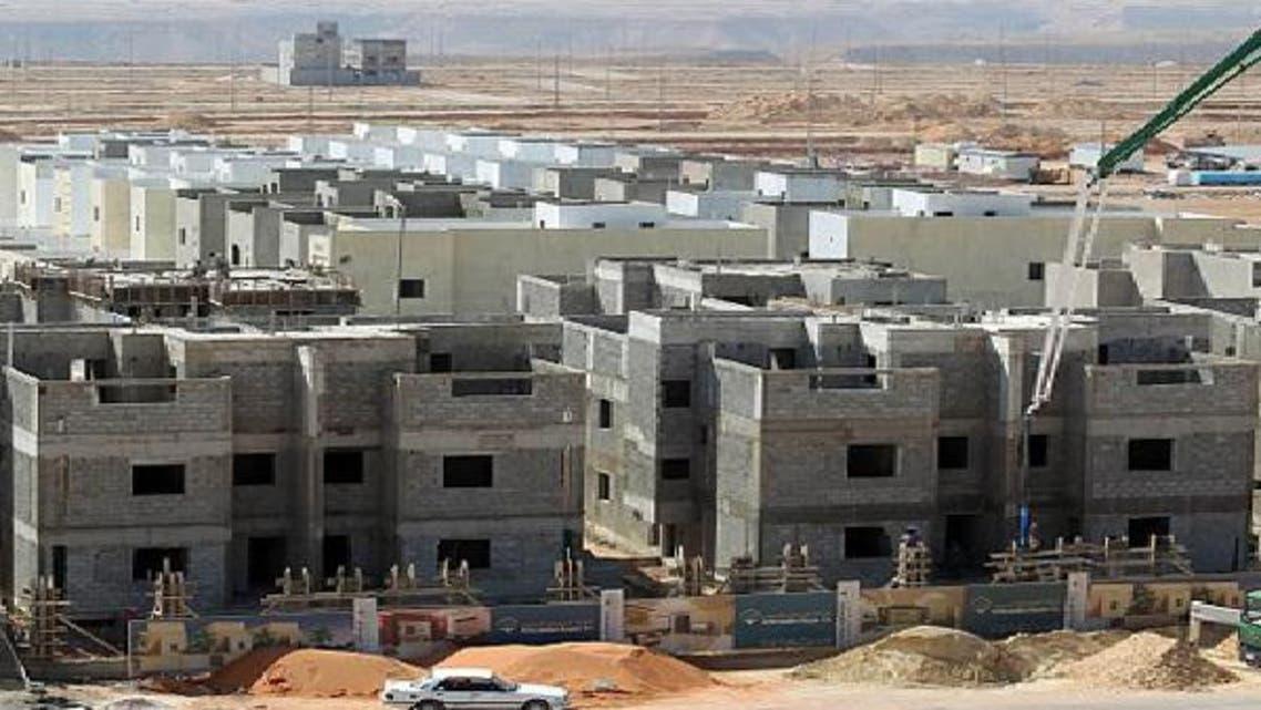 إقبال السعوديين على تملك الشقق يساعد على حل قضية الإسكان