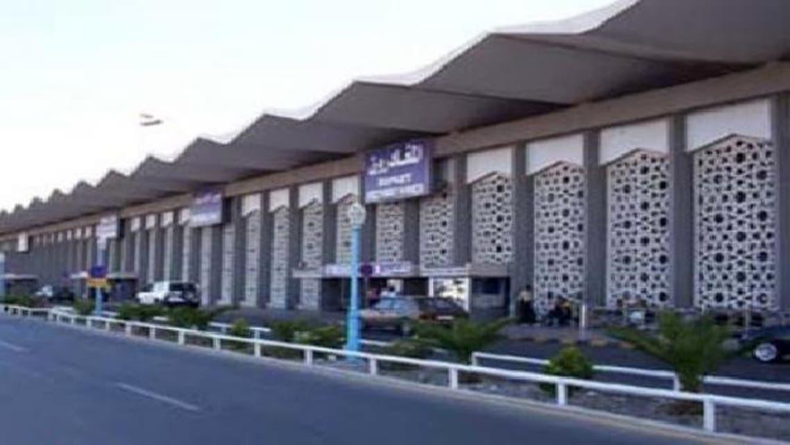 معارك قرب مطار دمشق وشركات طيران تعلق الرحلات