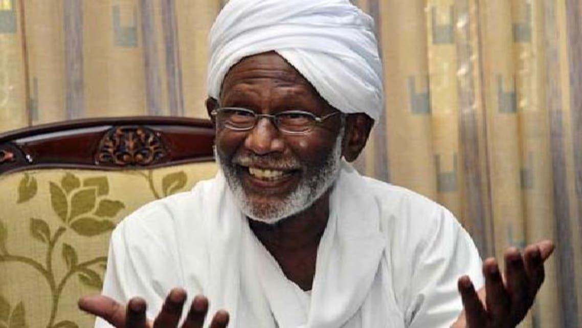 سوڈان کے سرکردہ اپوزیشن لیڈر حسن الترابی۔
