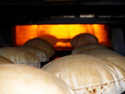 الخبز يومياً يقي من الإصابة بأمراض الأوعية الدموية
