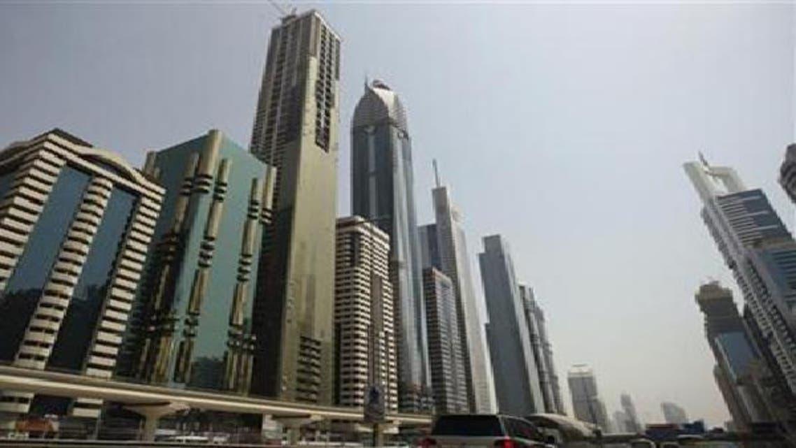 أبراج على شارع الشيخ زايد في دبي