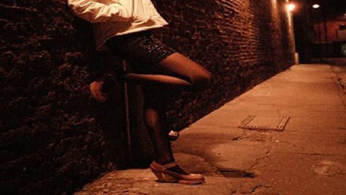فتيات الليل في بغداد رهينات الفقر والميليشيات