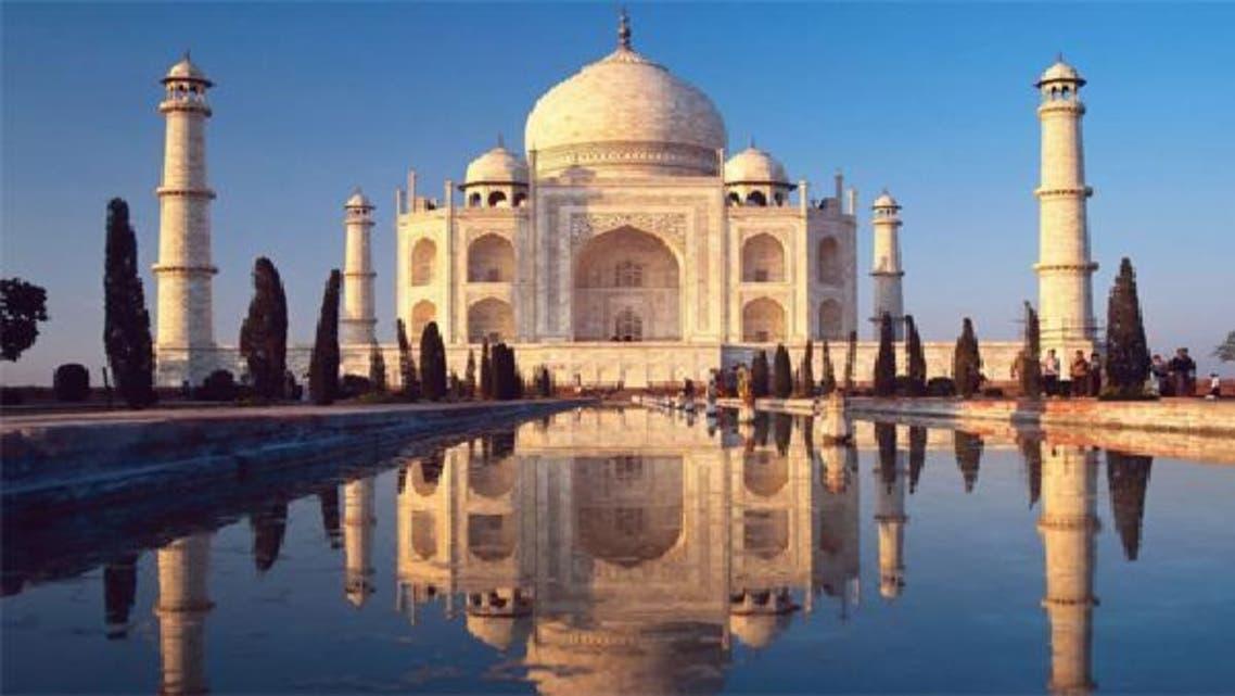 """مبنى \\""""تاج محل\\"""" التاريخي في الهند"""
