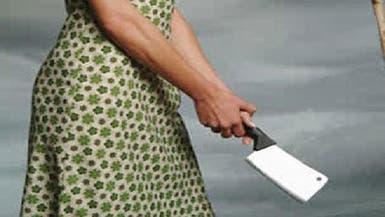 "قتل زوجته بـ""الساطور"" بحضور ابنته"