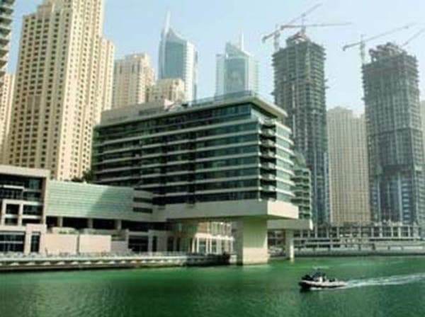 دبي تعدّل إجراءات فسخ عقود بيع العقار على الخريطة