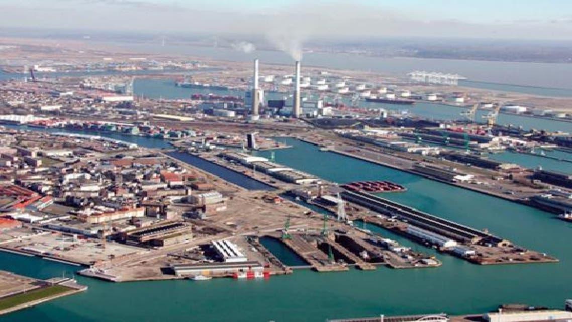 """موانئ دبي تتخلى \\""""ودياً \\""""عن اتفاقية تشغيل ميناء عدن"""