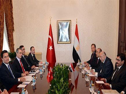 أثناء اجتماع الوفد المصري مع الجانب التركي