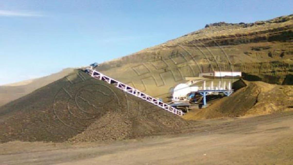 جانب من أعمال استخراج النحاس في جبل صايد