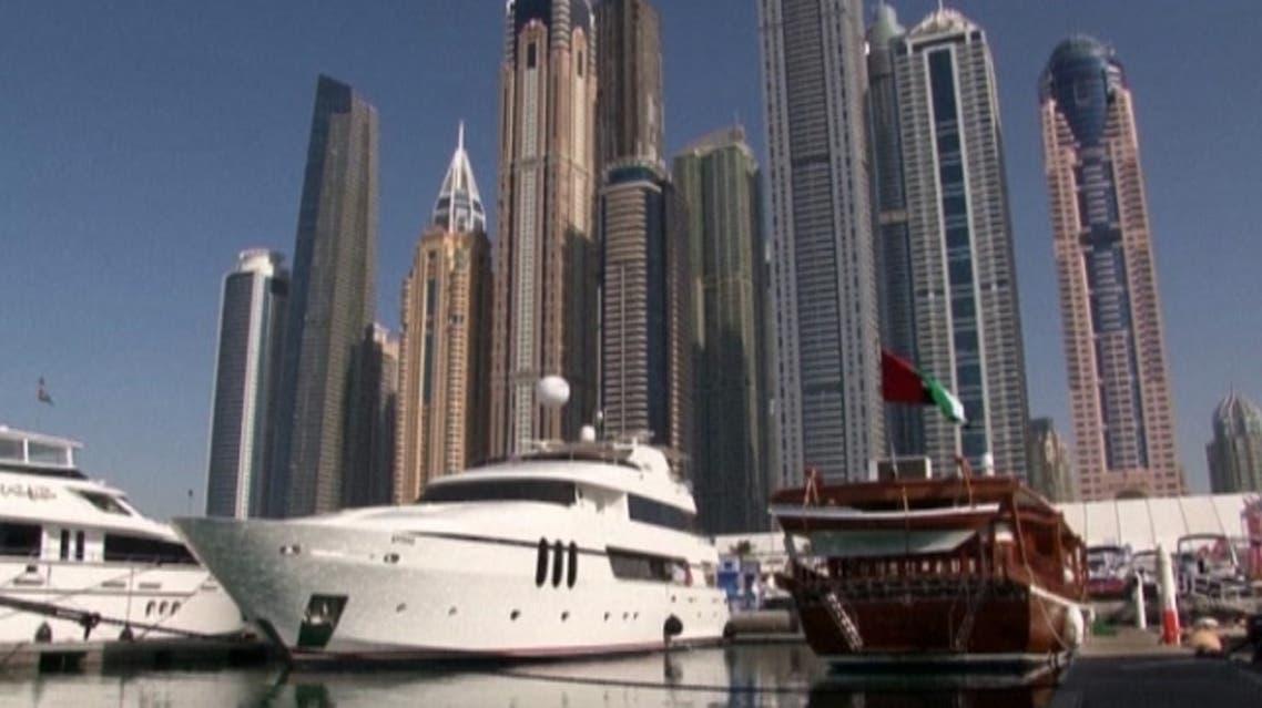 يخت في دبي