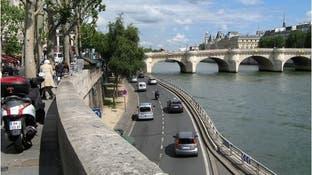 نساء باريس الأفضل في قيادة السيارات
