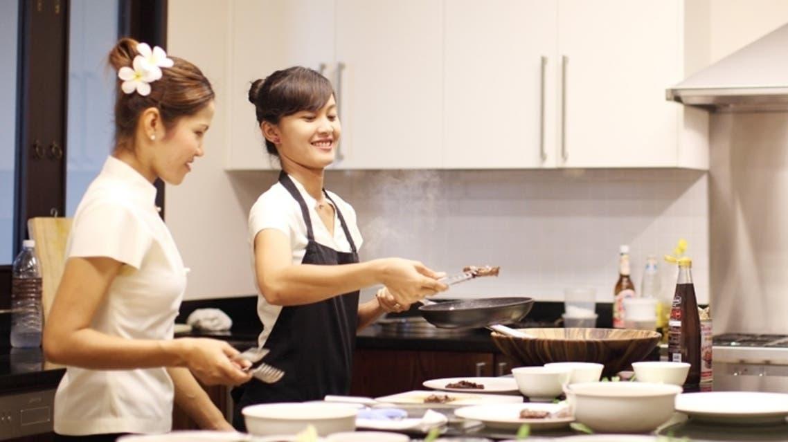خادمات من تايلاند