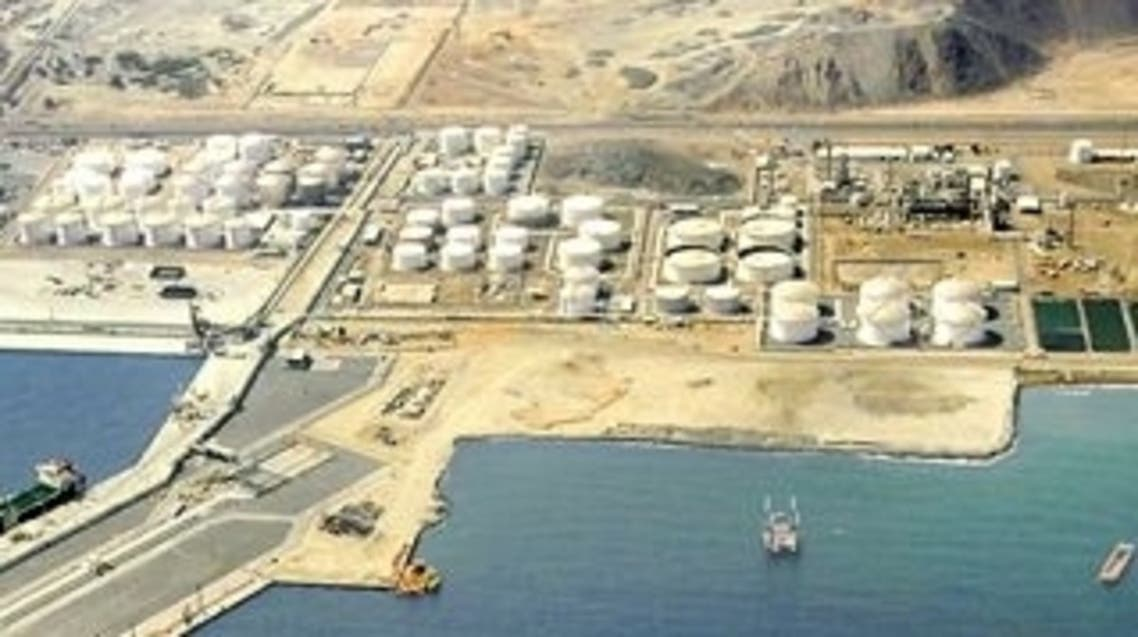 ميناء الفجيرة-تخزين بترول2
