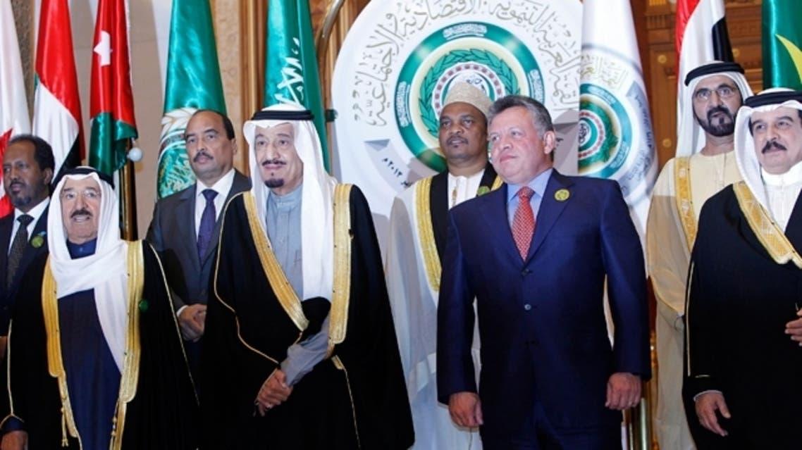 Emir of Kuwait Sheikh Sabah Al-Ahmad Al-Jaber Al-Sabah (L), Saudi Arabia's Crown Prince Salman (2nd L), Jordan's King Abdullah (2nd R) and King of Bahrain Sheikh Hamad bin Issa al-Khalifa pose for photos in Riyadh in this Jan. 21, 2013 file photograph. (AFP)