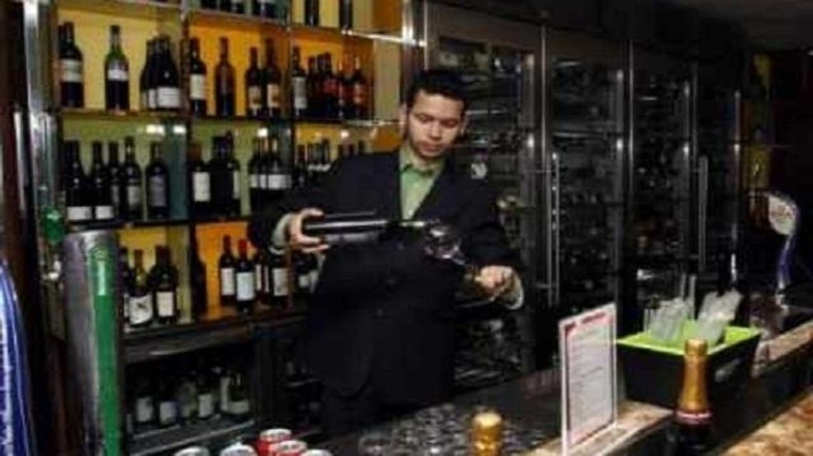 The current law states that only licensed outlets can sell alcoholic beverages. (Reuters)