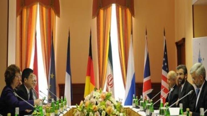 إيران والقوى العظمى يجريان مفاوضات نووية في إسطنبول