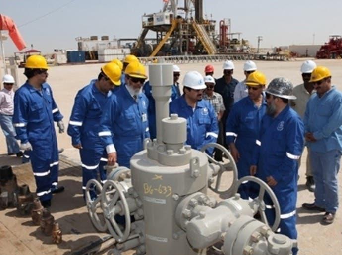 """""""فوتسي 100"""" يرتفع لأعلى مستوى في 6 أشهر بقيادة الأسهم النفطية"""