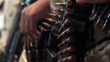 """صحيفة: أسلحة القذافي تباع للجزائريين عبر """"فيسبوك"""""""
