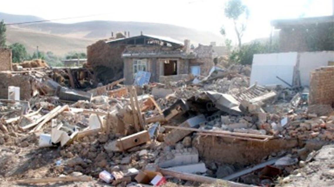 جانب من الدمار الذي احدثه زلزال بوشهر في إيران