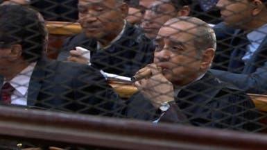 أبرز لقطات المحاكمة: مبارك واثقاً.. والعادلي باكياً