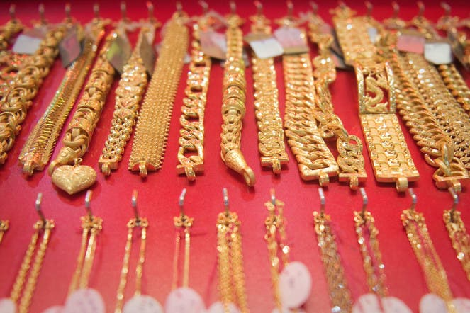 Gold Prices Dubai Trader Says Bull Run Is Over Amid Further Declines